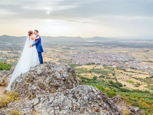 La boda de Daniel y Veronica en Herrera Del Duque, Badajoz 1