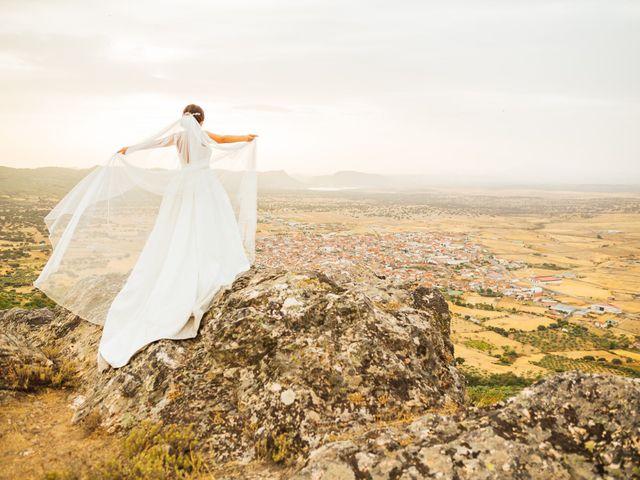 La boda de Daniel y Veronica en Herrera Del Duque, Badajoz 58