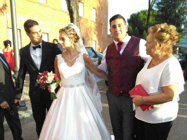 La boda de Javi y Noe en Madrid, Madrid 16