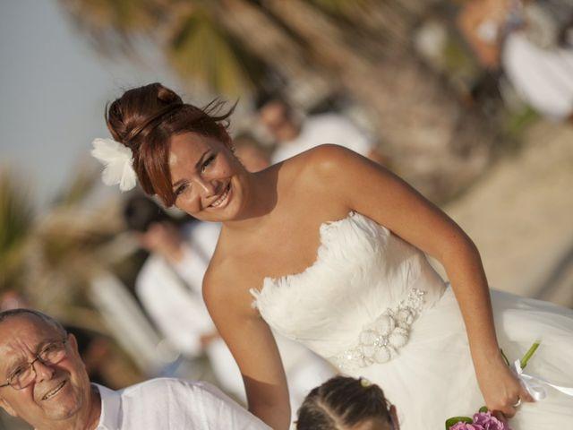 La boda de Fernando y Jezabel en Rota, Cádiz 9