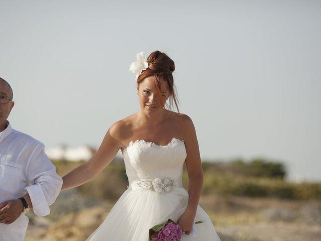 La boda de Fernando y Jezabel en Rota, Cádiz 10