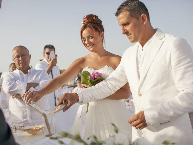 La boda de Fernando y Jezabel en Rota, Cádiz 13