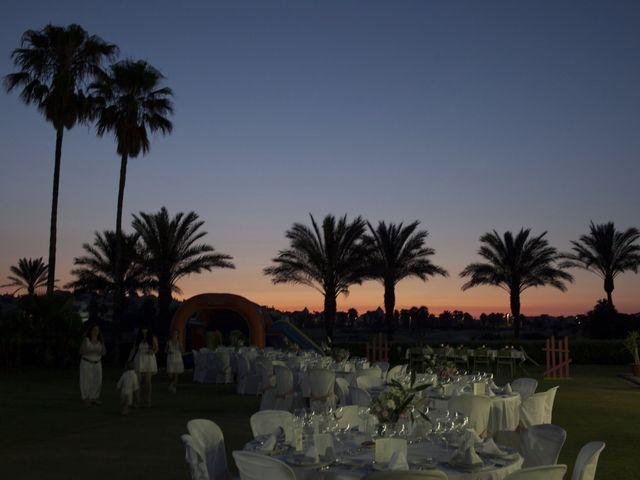 La boda de Fernando y Jezabel en Rota, Cádiz 22