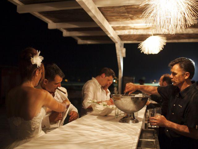 La boda de Fernando y Jezabel en Rota, Cádiz 24