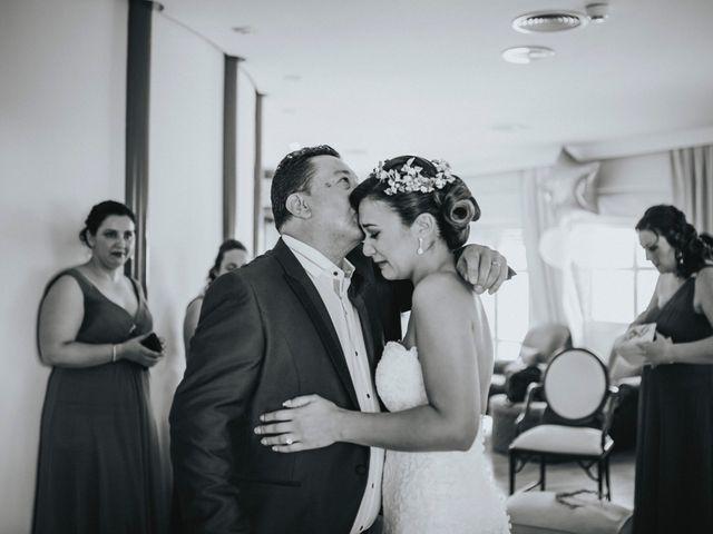 La boda de Javier y Miriam en Camas, Sevilla 31