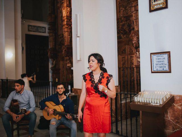 La boda de Javier y Miriam en Camas, Sevilla 41