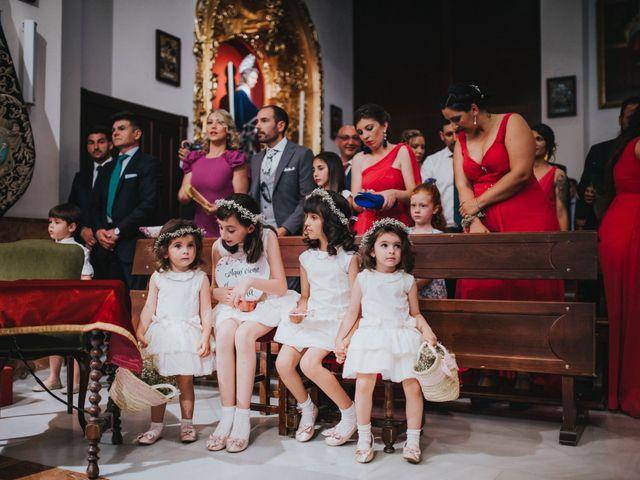 La boda de Javier y Miriam en Camas, Sevilla 45