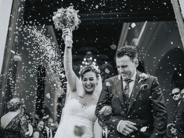 La boda de Javier y Miriam en Camas, Sevilla 57