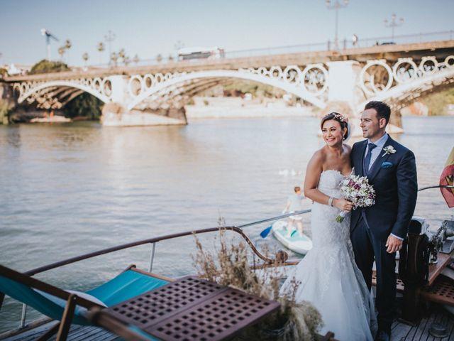 La boda de Javier y Miriam en Camas, Sevilla 64