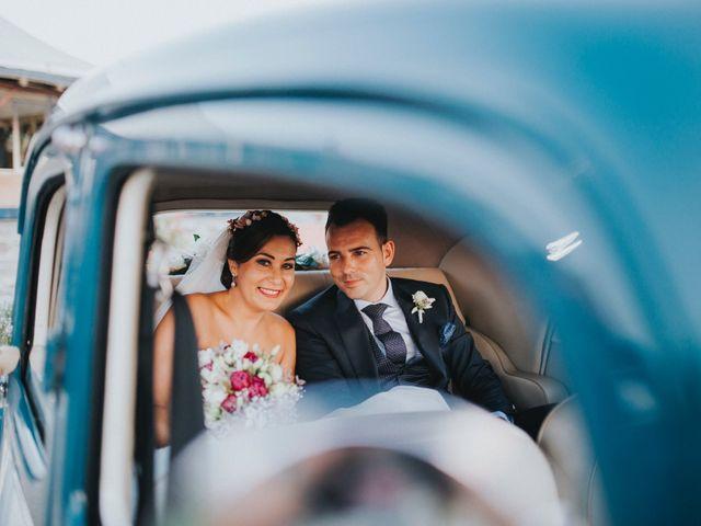 La boda de Javier y Miriam en Camas, Sevilla 86