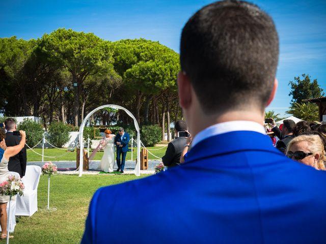 La boda de Joaquín y Rocío en Chiclana De La Frontera, Cádiz 13