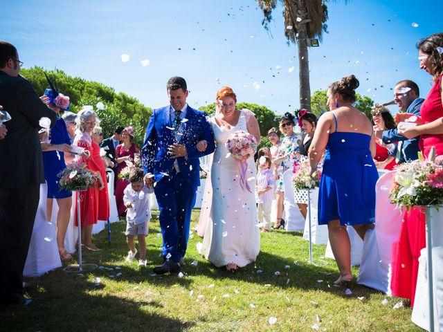 La boda de Joaquín y Rocío en Chiclana De La Frontera, Cádiz 16
