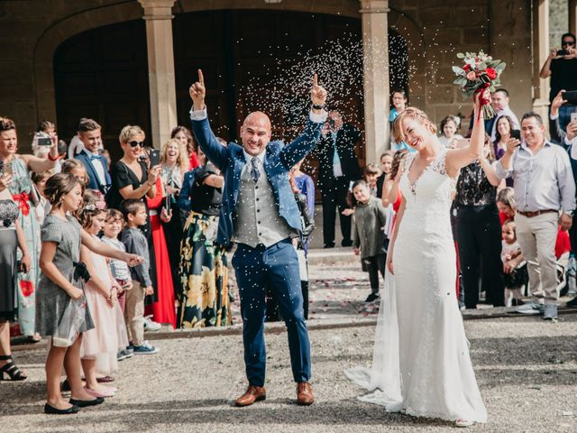 La boda de Xabi y Olatz en Hondarribia, Guipúzcoa 17