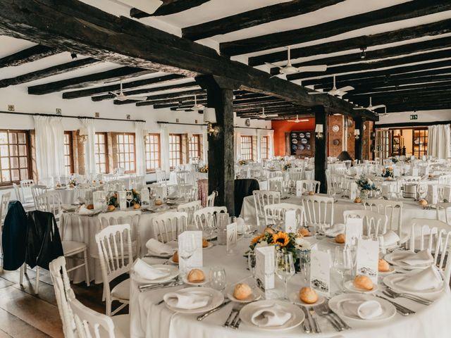 La boda de Xabi y Olatz en Hondarribia, Guipúzcoa 27