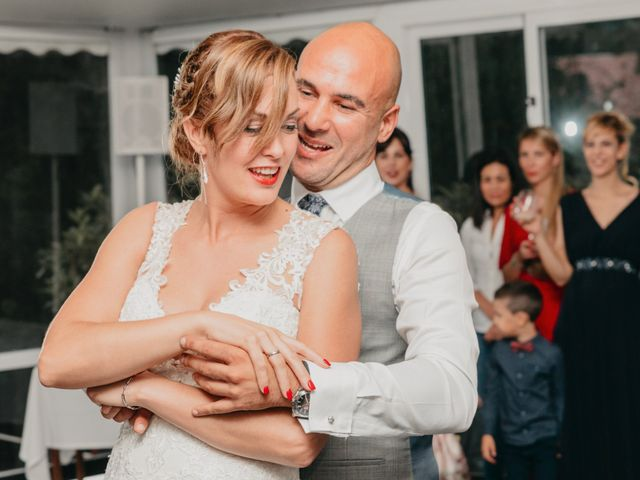 La boda de Xabi y Olatz en Hondarribia, Guipúzcoa 34