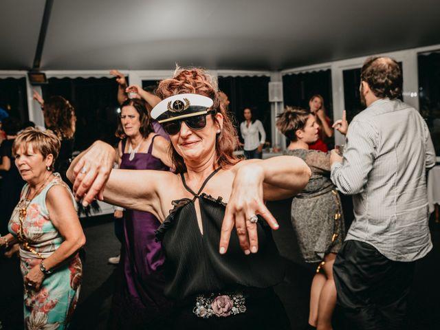 La boda de Xabi y Olatz en Hondarribia, Guipúzcoa 39
