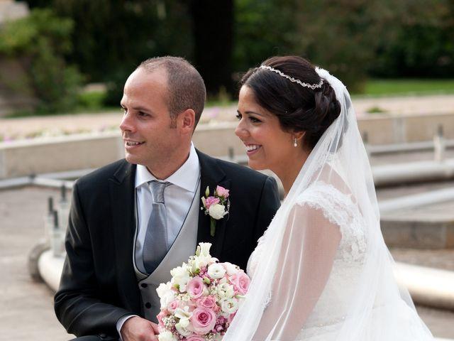 La boda de José Ángel y Raquel en Madrid, Madrid 26