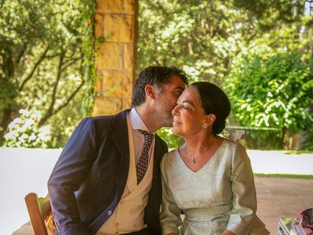 La boda de Miguel y Reyes en Viladrau, Girona 4