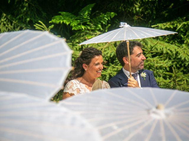La boda de Miguel y Reyes en Viladrau, Girona 12