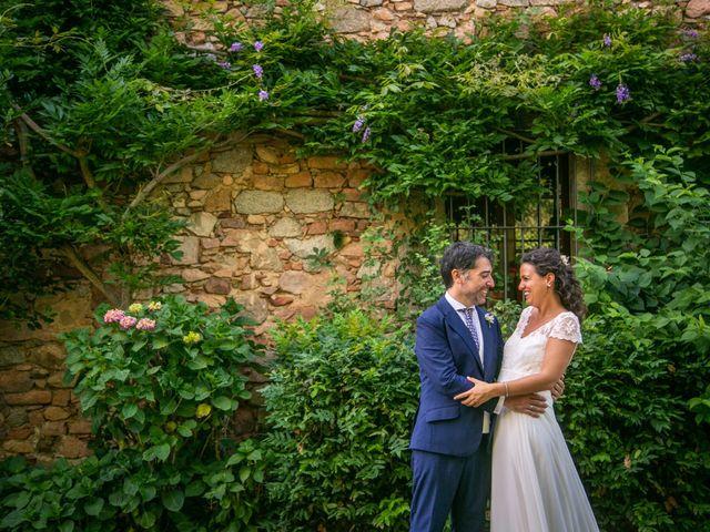 La boda de Miguel y Reyes en Viladrau, Girona 16