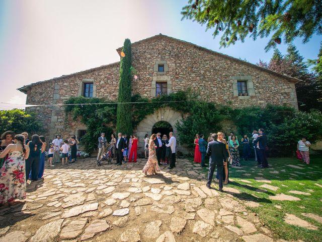 La boda de Miguel y Reyes en Viladrau, Girona 23