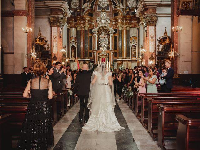 La boda de Nieves y Rick en San Juan De Alicante, Alicante 17