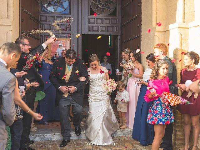 La boda de Angel y Agueda en Villalba Del Alcor, Huelva 15
