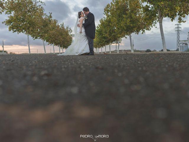 La boda de Angel y Agueda en Villalba Del Alcor, Huelva 16
