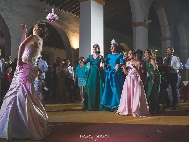 La boda de Angel y Agueda en Villalba Del Alcor, Huelva 30