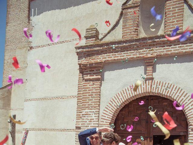 La boda de Tomás y Victoria en Langa, Ávila 20