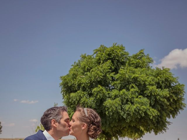 La boda de Tomás y Victoria en Langa, Ávila 28