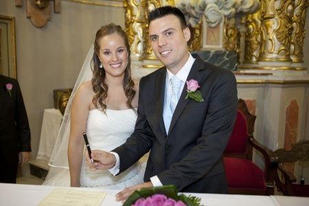 La boda de Amparo y Miguel en Paterna, Valencia 17