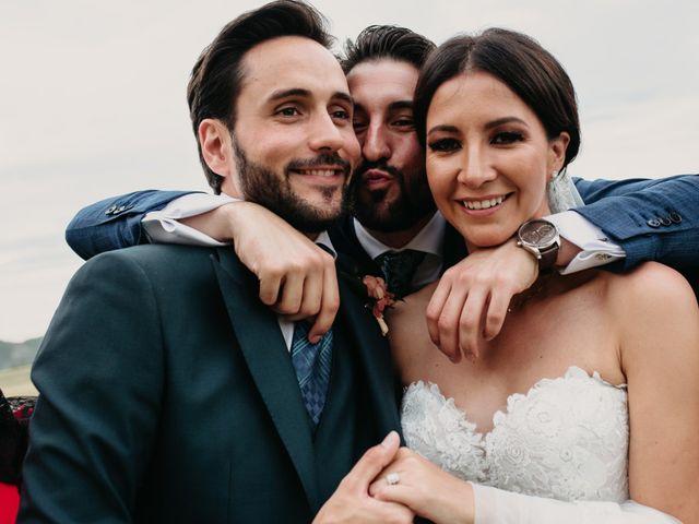 La boda de Ricardo y Eva en Santa Gadea Del Cid, Burgos 91