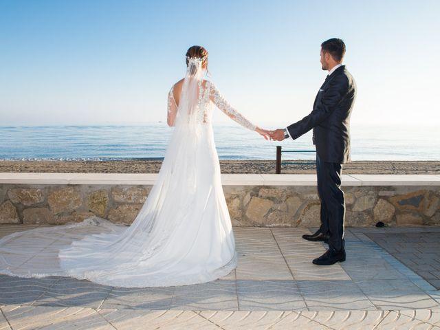 La boda de Juan y Cristina en Benamocarra, Málaga 29