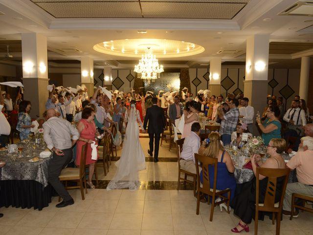 La boda de Juan y Cristina en Benamocarra, Málaga 39