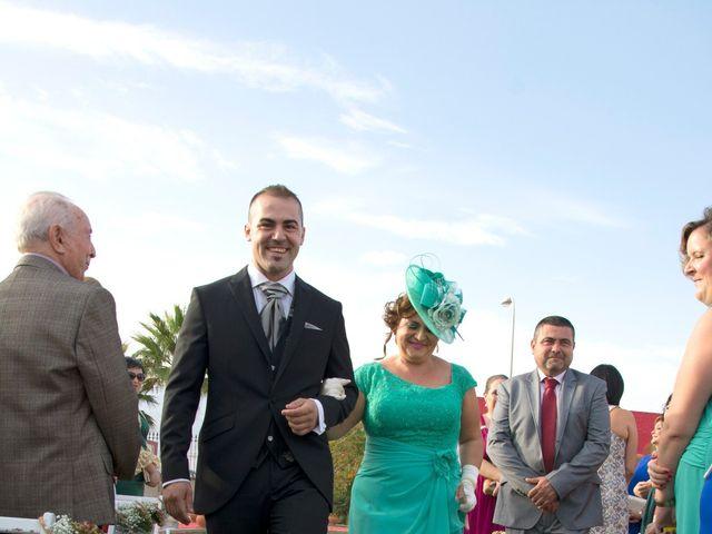 La boda de Miguel y Alicia en Adra, Almería 25