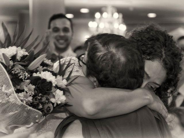 La boda de Miguel y Alicia en Adra, Almería 44
