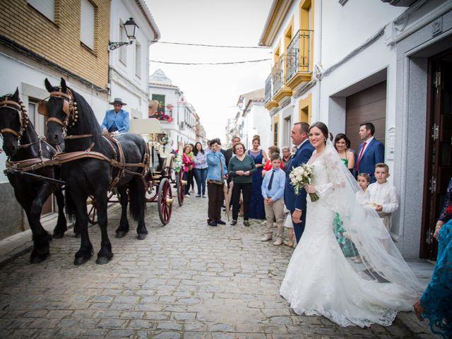 La boda de José Enrique y Zaira en Hinojosa Del Duque, Córdoba 12
