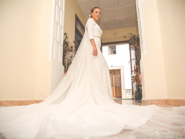 La boda de Javier y Patricia en Hinojosa Del Duque, Córdoba 11