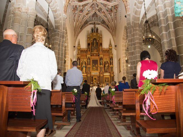 La boda de Javier y Patricia en Hinojosa Del Duque, Córdoba 13