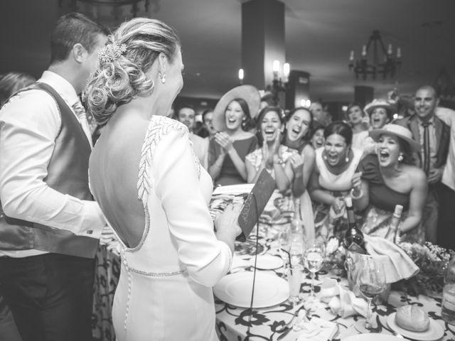 La boda de Javier y Patricia en Hinojosa Del Duque, Córdoba 25