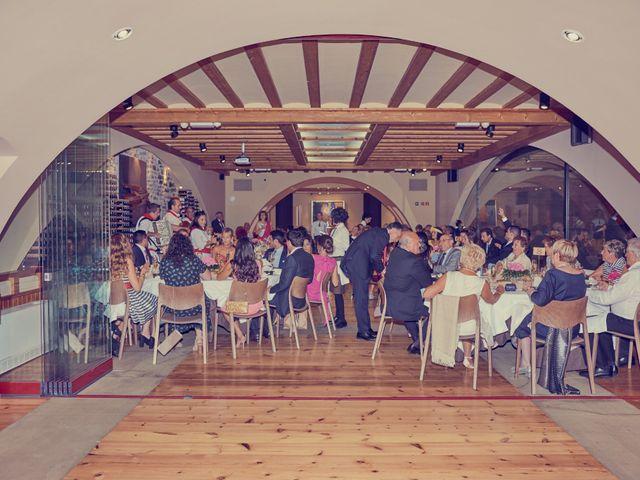 La boda de Jon y Ana en Pamplona, Navarra 23