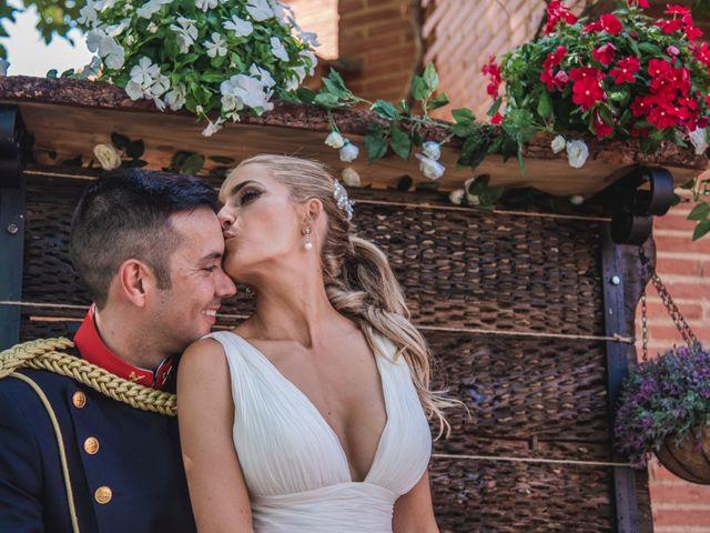 La boda de Pablo y May en Piedrabuena, Ciudad Real 56