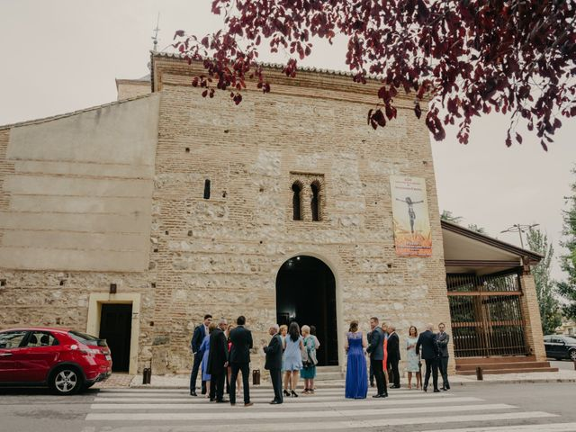 La boda de Pablo y Victoria en Cubas De La Sagra, Madrid 33