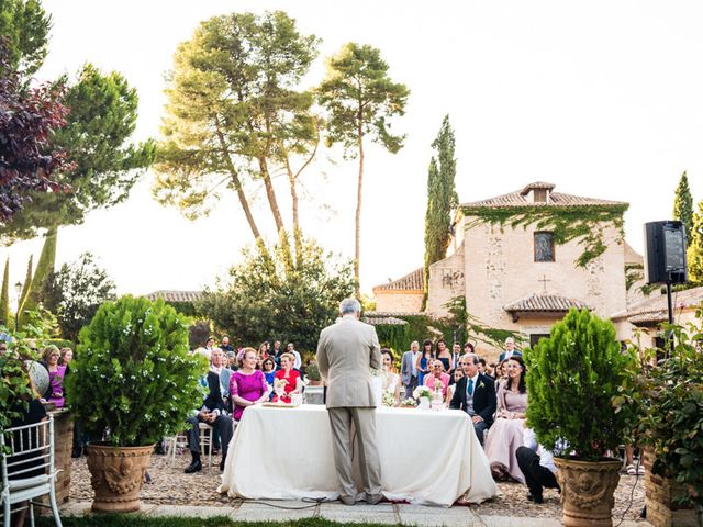 La boda de Antonio y Maria Jose en Toledo, Toledo 15
