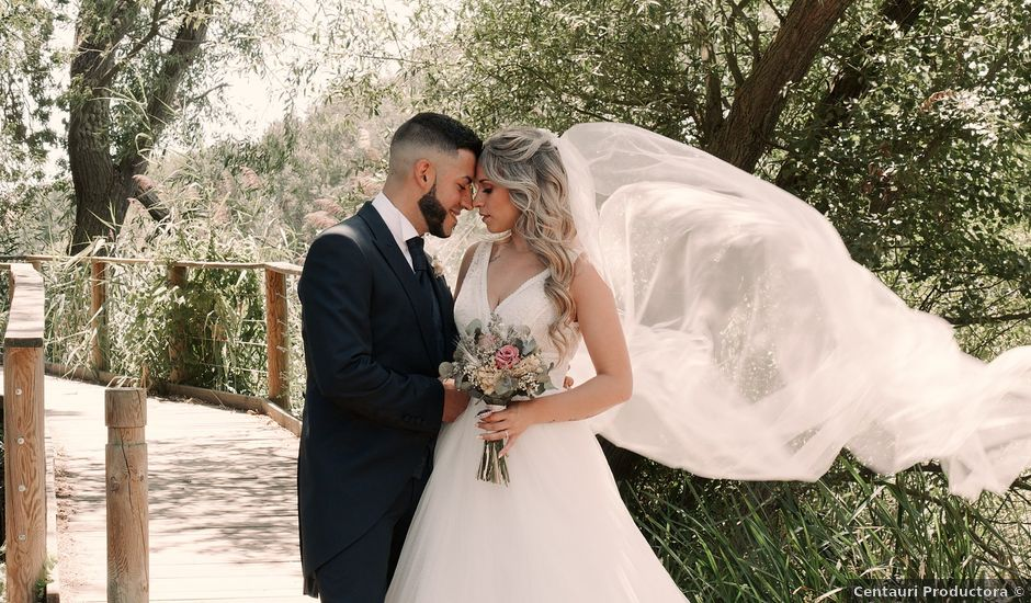 La boda de Ricardo y Sheila en Villamayor, Salamanca