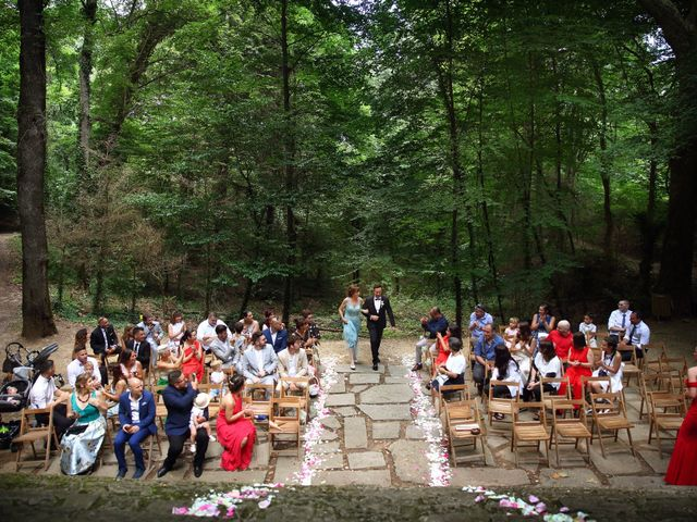 La boda de Cristian y Evelyn en Olot, Girona 13