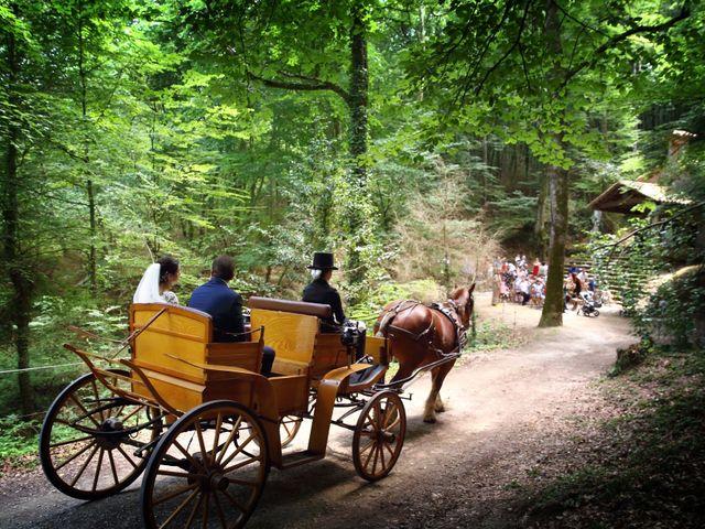 La boda de Cristian y Evelyn en Olot, Girona 15