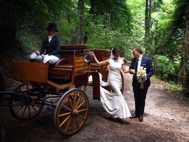 La boda de Cristian y Evelyn en Olot, Girona 16