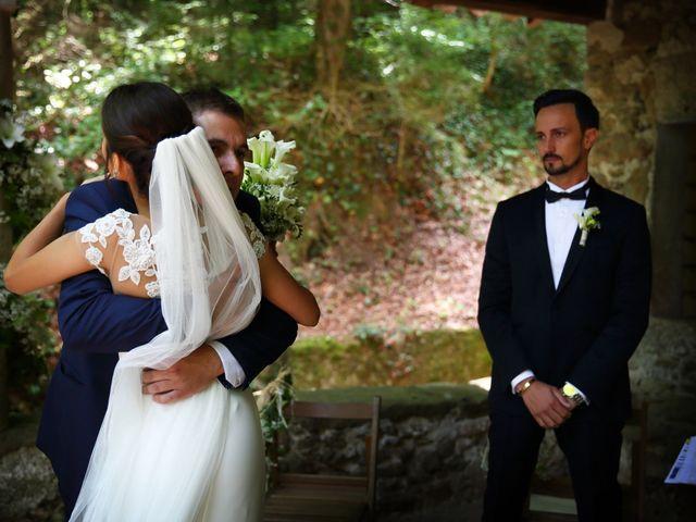 La boda de Cristian y Evelyn en Olot, Girona 18
